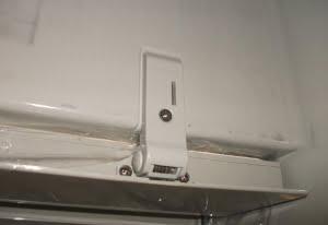 Dometic/Electrolux Fridge Freezer Door Hinge 2412125003